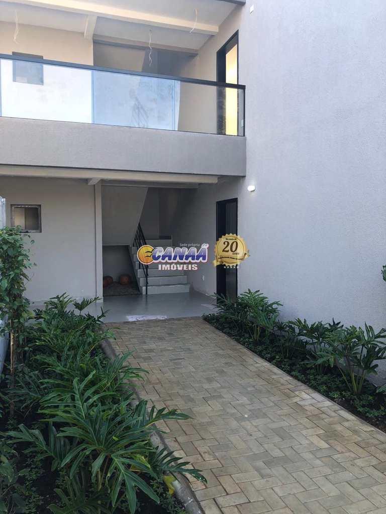 Condomínio em Itanhaém, no bairro Jardim Suarão