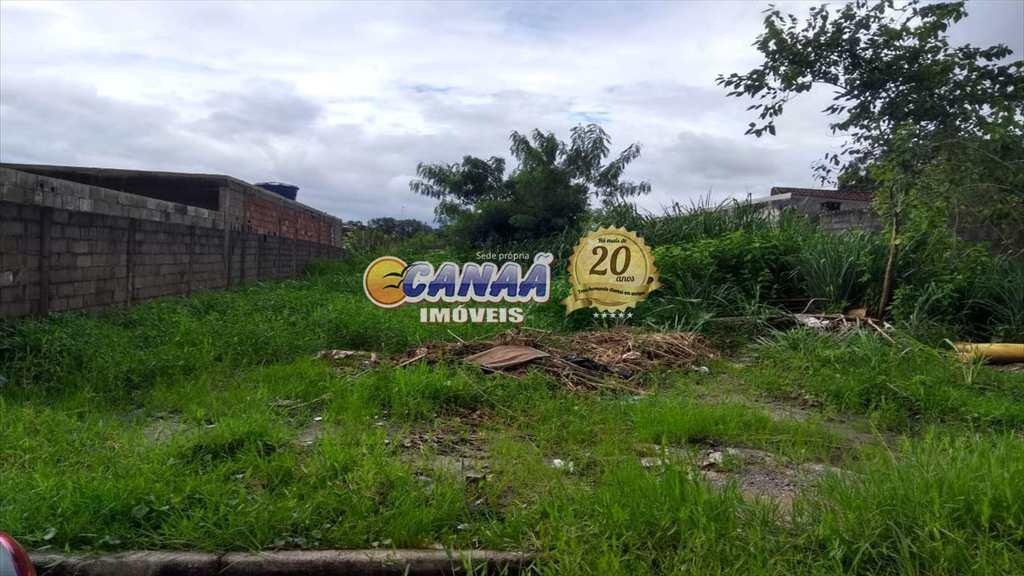 Terreno em Mongaguá, no bairro Balneário Itaguai