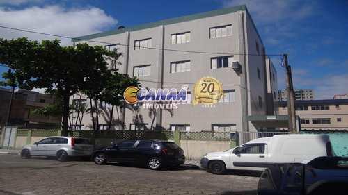 Apartamento, código 6897 em Mongaguá, bairro Centro