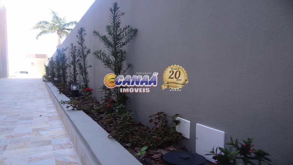 Sobrado de Condomínio em Itanhaém, no bairro Campos Elíseos