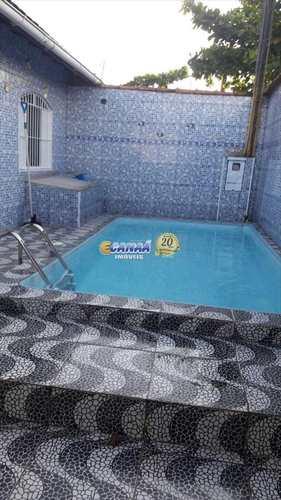 Casa, código 5975 em Mongaguá, bairro Balneário Itaguai