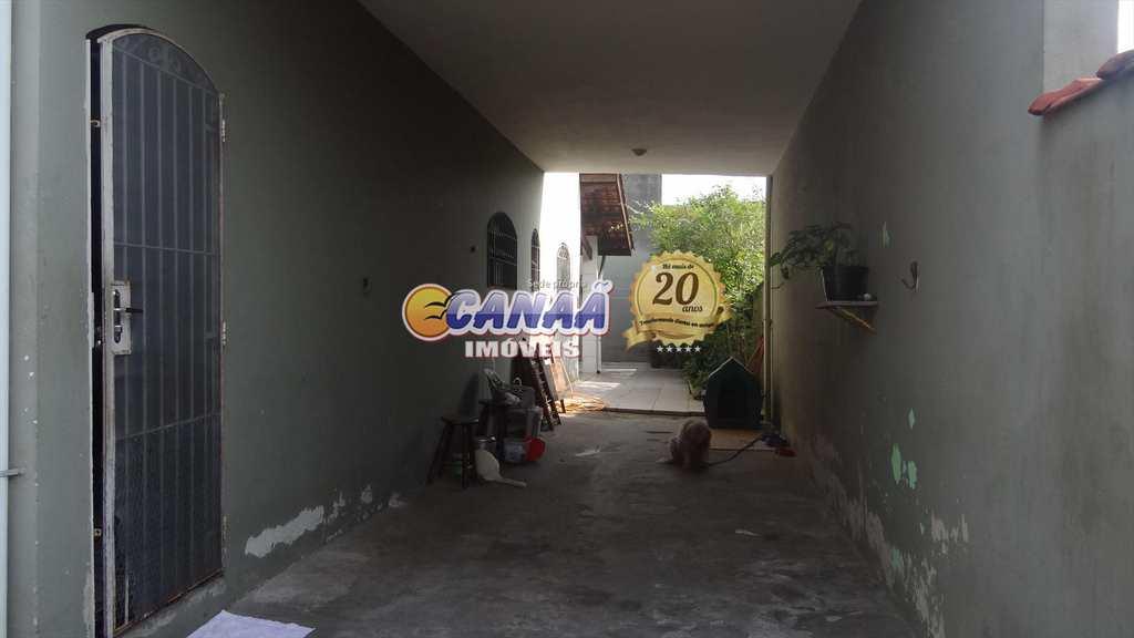 Sobrado em Mongaguá, no bairro Agenor de Campos