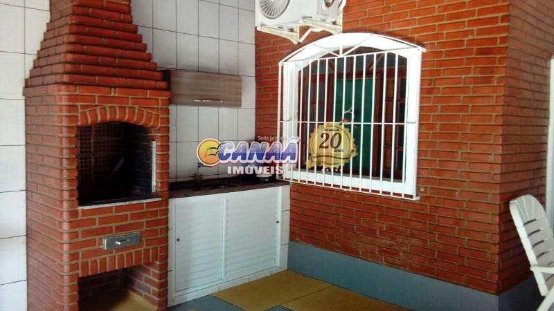 Casa em Itanhaém, no bairro Jd. Grandesp