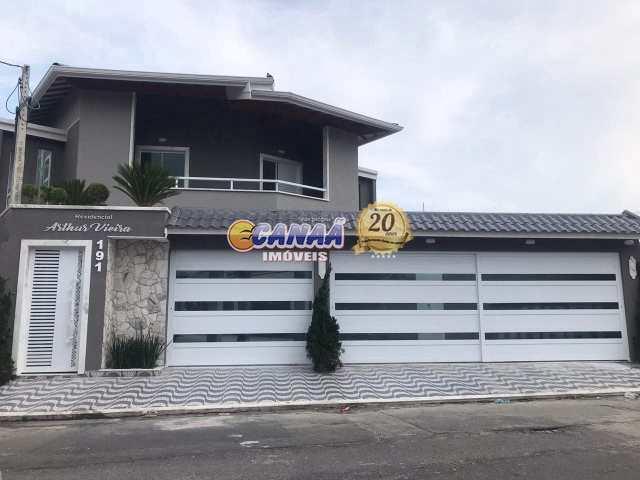 Sobrado de Condomínio em Praia Grande, no bairro Vila Tupy