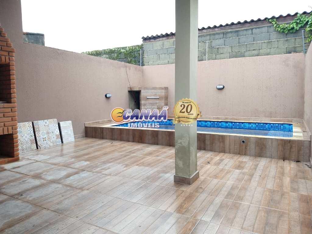 Casa em Itanhaém, no bairro Jardim Verde Mar