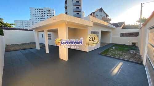 Casa, código 7924 em Mongaguá, bairro Jardim Praia Grande