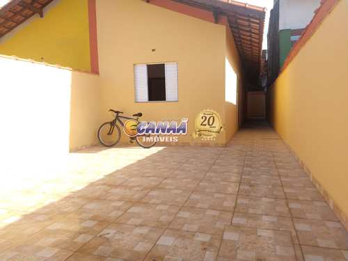 Casa, código 8039 em Mongaguá, bairro Balneário Itaguai