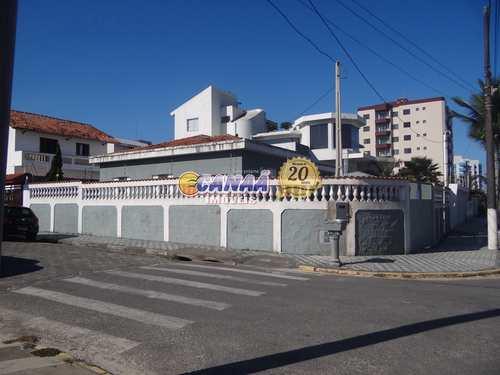 Casa, código 8174 em Mongaguá, bairro Agenor de Campos