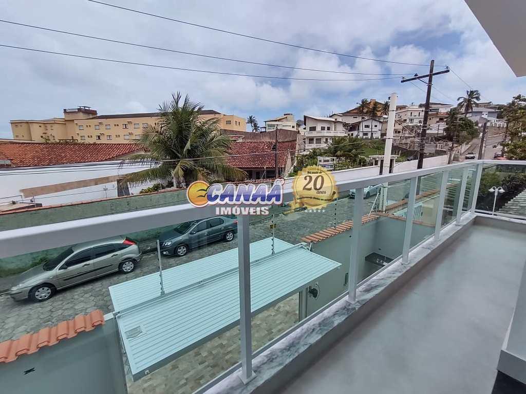 Sobrado em Itanhaém, no bairro Praia do Sonho