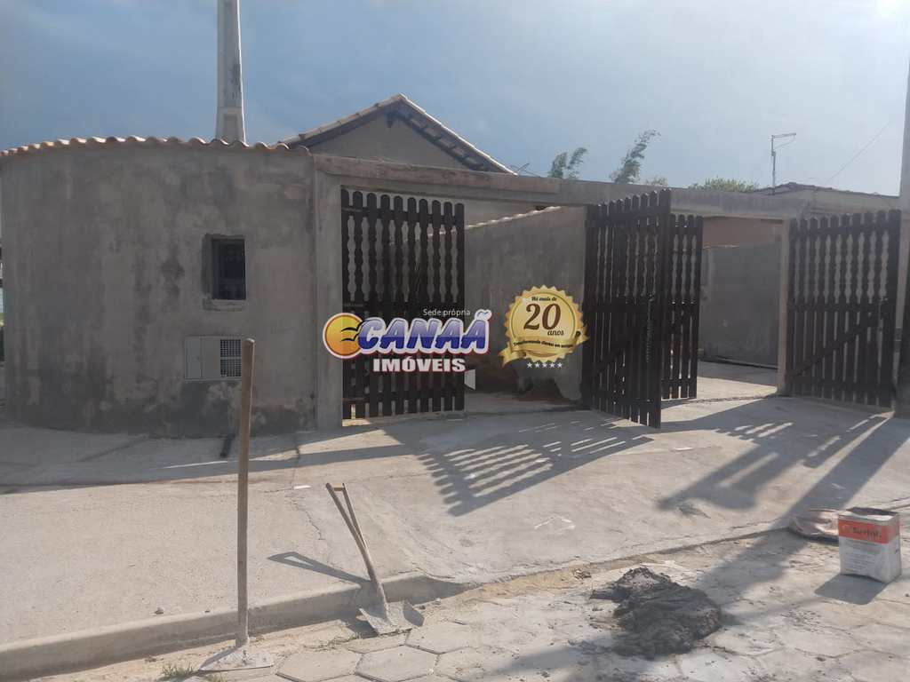 Casa em Itanhaém, no bairro Jardim Santa Tereza