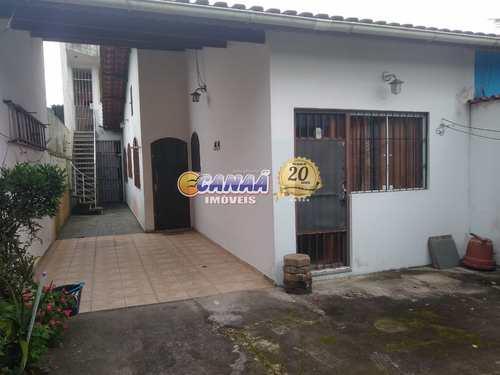 Casa, código 8519 em Mongaguá, bairro Balneário Regina Maria