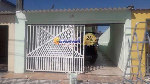 Casa, código 8650 em Mongaguá, bairro Jardim Aguapeu