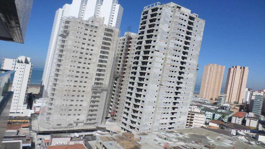 Flat em Praia Grande, bairro Boqueirão