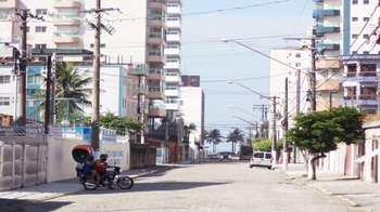 Apartamento, código 933001 em Praia Grande, bairro Aviação