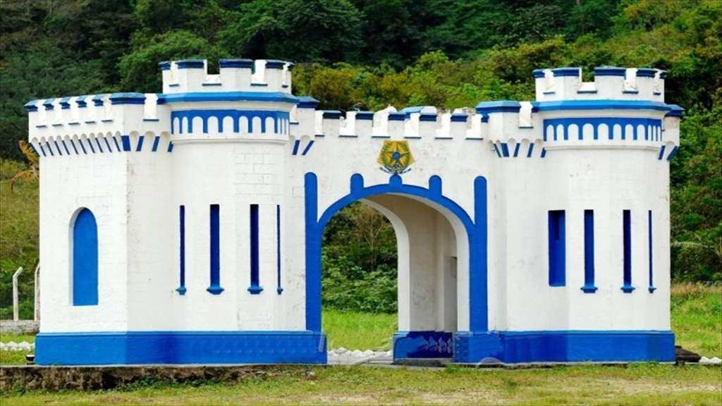 Kitnet em Praia Grande, bairro Canto do Forte
