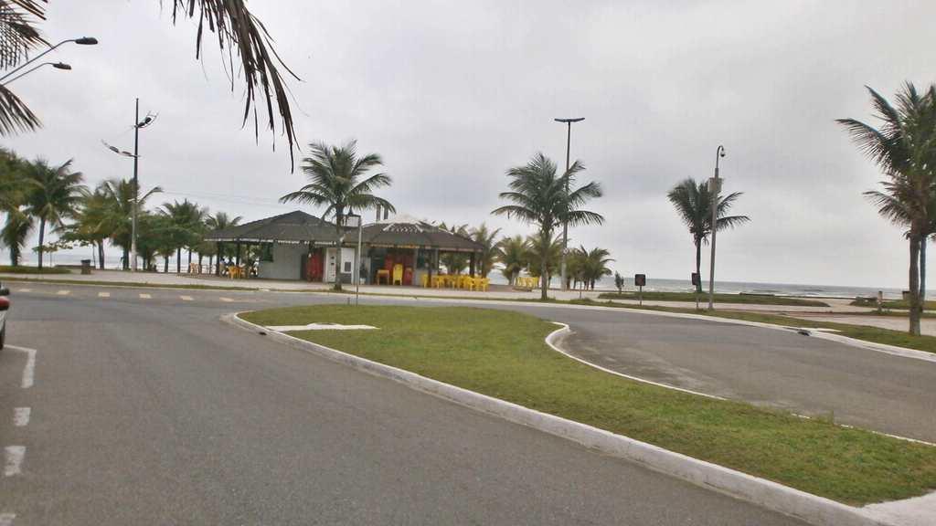 Kitnet em Praia Grande, bairro Mirim