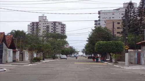 Casa, código 876501 em Praia Grande, bairro Mirim