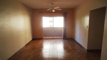 Apartamento, código 740600 em Praia Grande, bairro Tupi