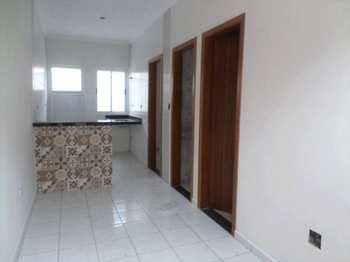 Casa, código 725100 em Praia Grande, bairro Maracanã