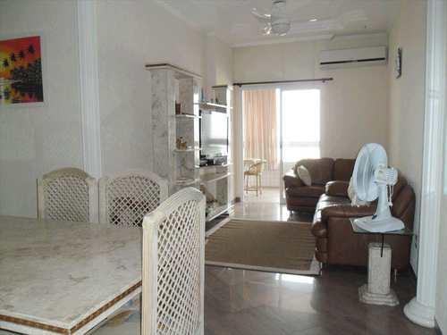 Apartamento, código 721000 em Praia Grande, bairro Guilhermina