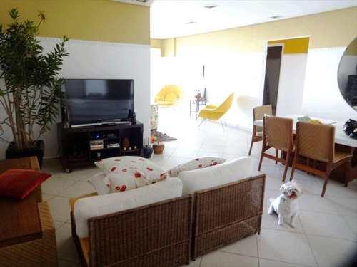 Apartamento, código 704400 em Praia Grande, bairro Aviação