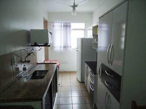 Apartamento, código 692000 em Praia Grande, bairro Tupi