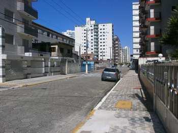 Apartamento, código 609700 em Praia Grande, bairro Aviação