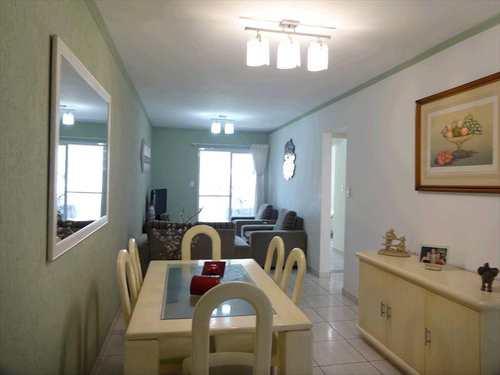 Apartamento, código 68300 em Praia Grande, bairro Tupi