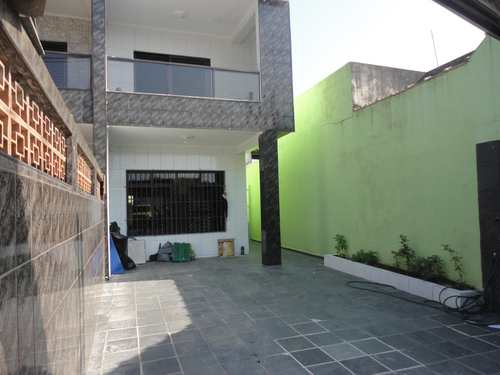 Casa, código 979998 em Praia Grande, bairro Tupiry