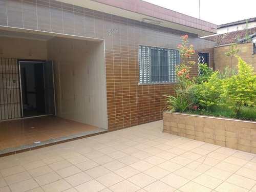 Casa, código 980048 em Praia Grande, bairro Boqueirão
