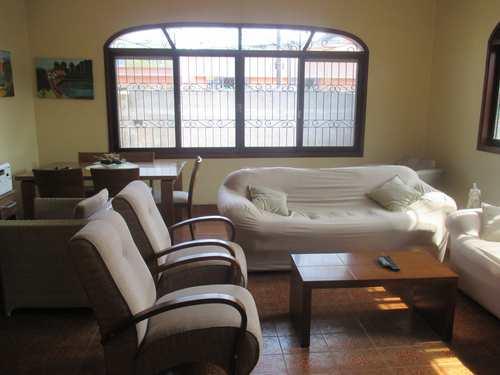 Casa, código 980211 em Praia Grande, bairro Boqueirão