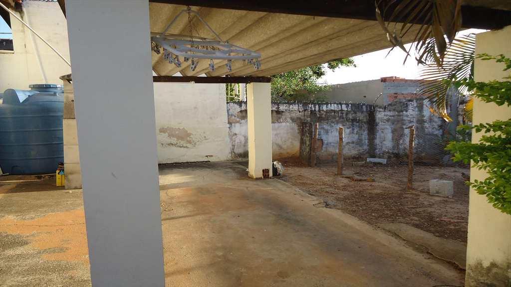 Casa em Itu, bairro Vila Gardiman