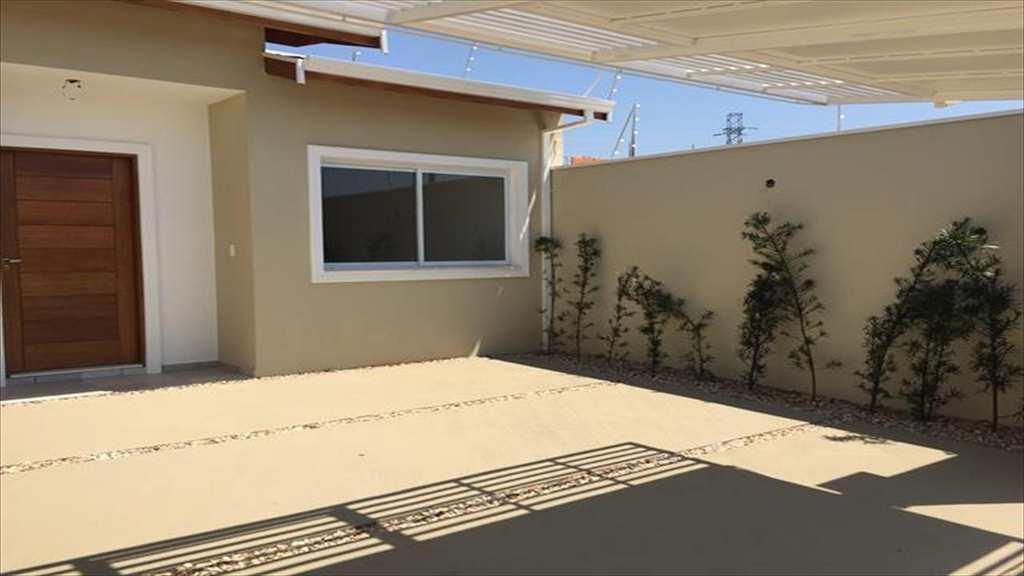Casa em Indaiatuba, bairro Jardim Residencial Veneza