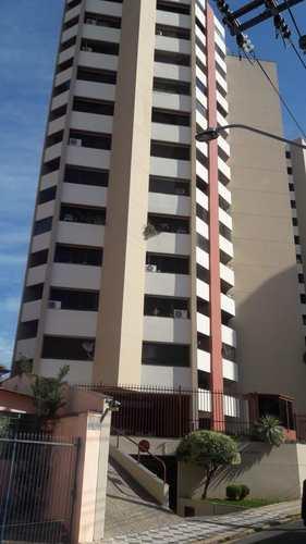 Apartamento, código 8876 em Sorocaba, bairro Centro