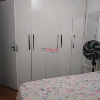 Apartamento em São Paulo, bairro Vila Carmosina