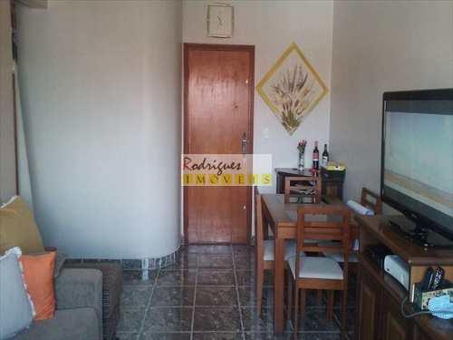Apartamento, código 2822 em São Vicente, bairro Jardim Independência