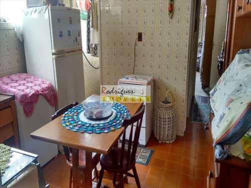 Apartamento, código 2580 em São Vicente, bairro Vila Valença
