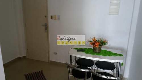 Apartamento, código 2335 em São Vicente, bairro Centro