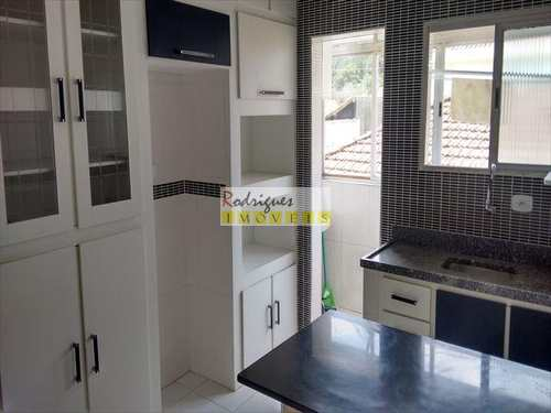Apartamento, código 2251 em São Vicente, bairro Jardim Independência