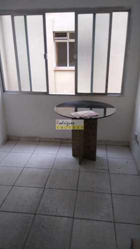Apartamento, código 3265 em São Vicente, bairro Itararé