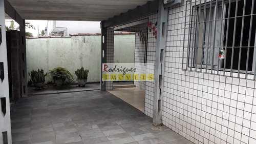 Casa, código 3405 em São Vicente, bairro Vila Cascatinha