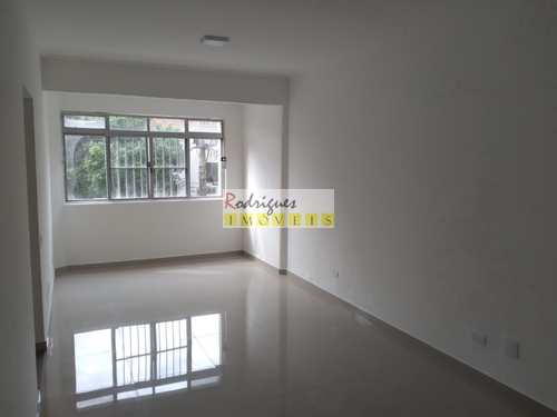Apartamento, código 3528 em São Vicente, bairro Centro
