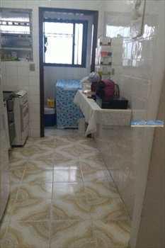 Apartamento, código 2800 em Praia Grande, bairro Tupi