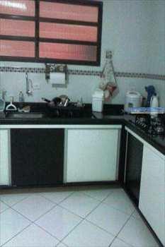 Apartamento, código 2640 em Praia Grande, bairro Aviação