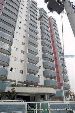 Apartamento, código 2549 em Praia Grande, bairro Ocian