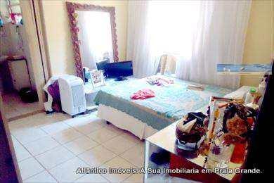 Casa, código 2403 em Praia Grande, bairro Aviação