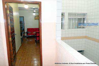 Apartamento, código 2300 em Praia Grande, bairro Tupi