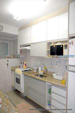 Apartamento, código 2075 em Praia Grande, bairro Tupi