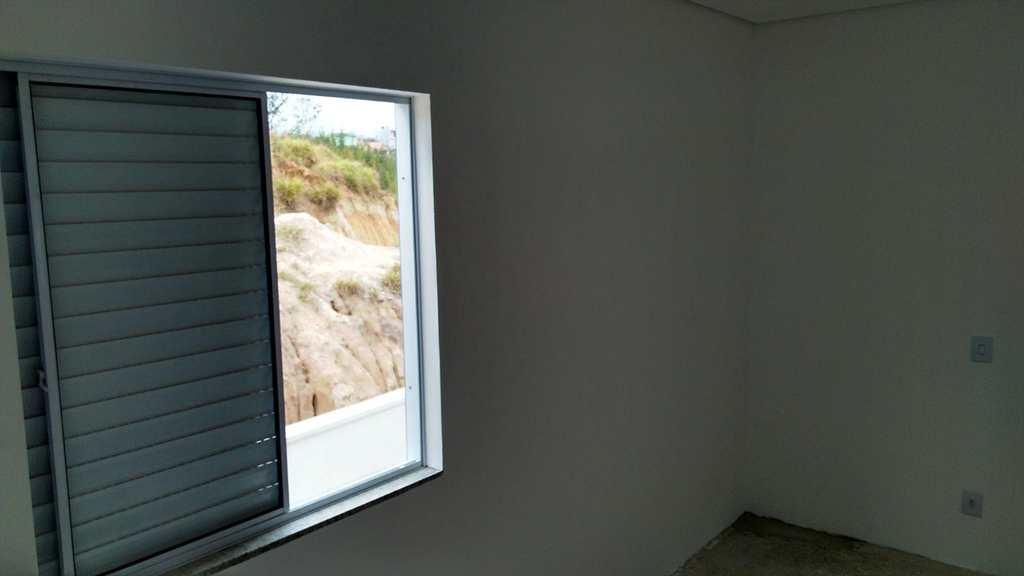 Sobrado em Mogi das Cruzes, bairro Vila Nova Aparecida