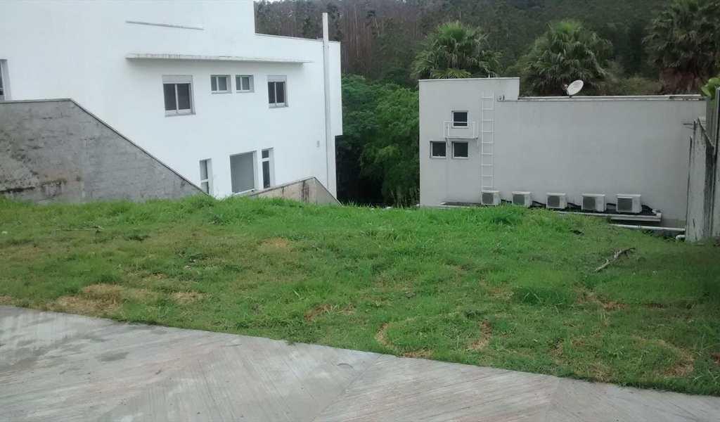 Terreno em Mogi das Cruzes, bairro Vila Oliveira